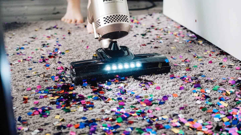 Photo d'un aspirateur sur une surface très sale